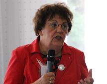 Ms Joke van der Leeuw-Roord