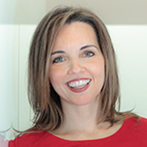 Dr. Amber Wigmore Álvarez